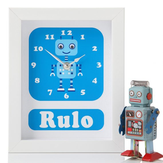 Personalised-Robot-Clock-by-Stripey-Cats